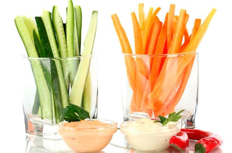 En este momento estás viendo 10 snacks saludables para disfrutar y no engordar