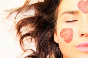 Lee más sobre el artículo Beneficios de dormir bien para tu belleza