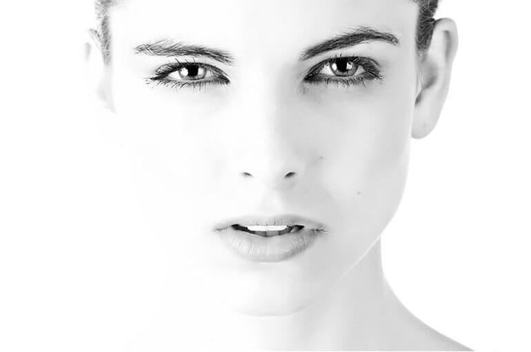 En este momento estás viendo Claves de la limpieza facial para todas las edades