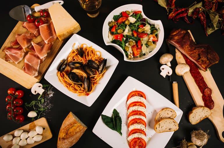 En este momento estás viendo Principales elementos de una sana dieta mediterránea