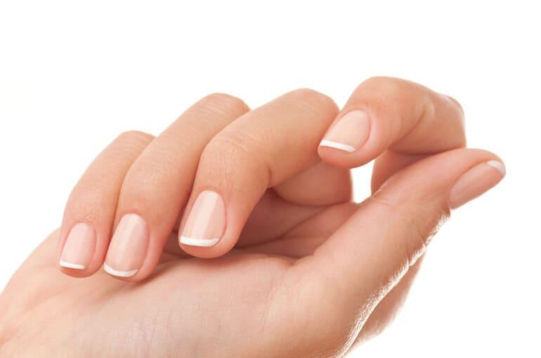 En este momento estás viendo ¿Cuáles son los alimentos que cuidan de tus uñas?